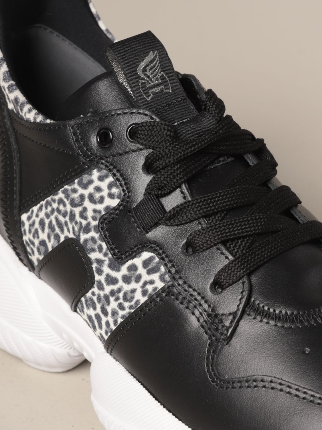 Interaction Hogan x Giglio.com sneakers in animalier leather and suede