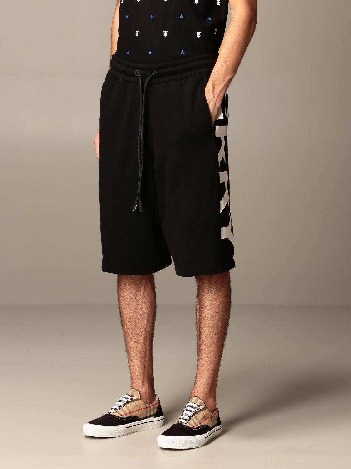 Short Burberry: Burberry jogging bermuda shorts in cotton jersey with logo black 4