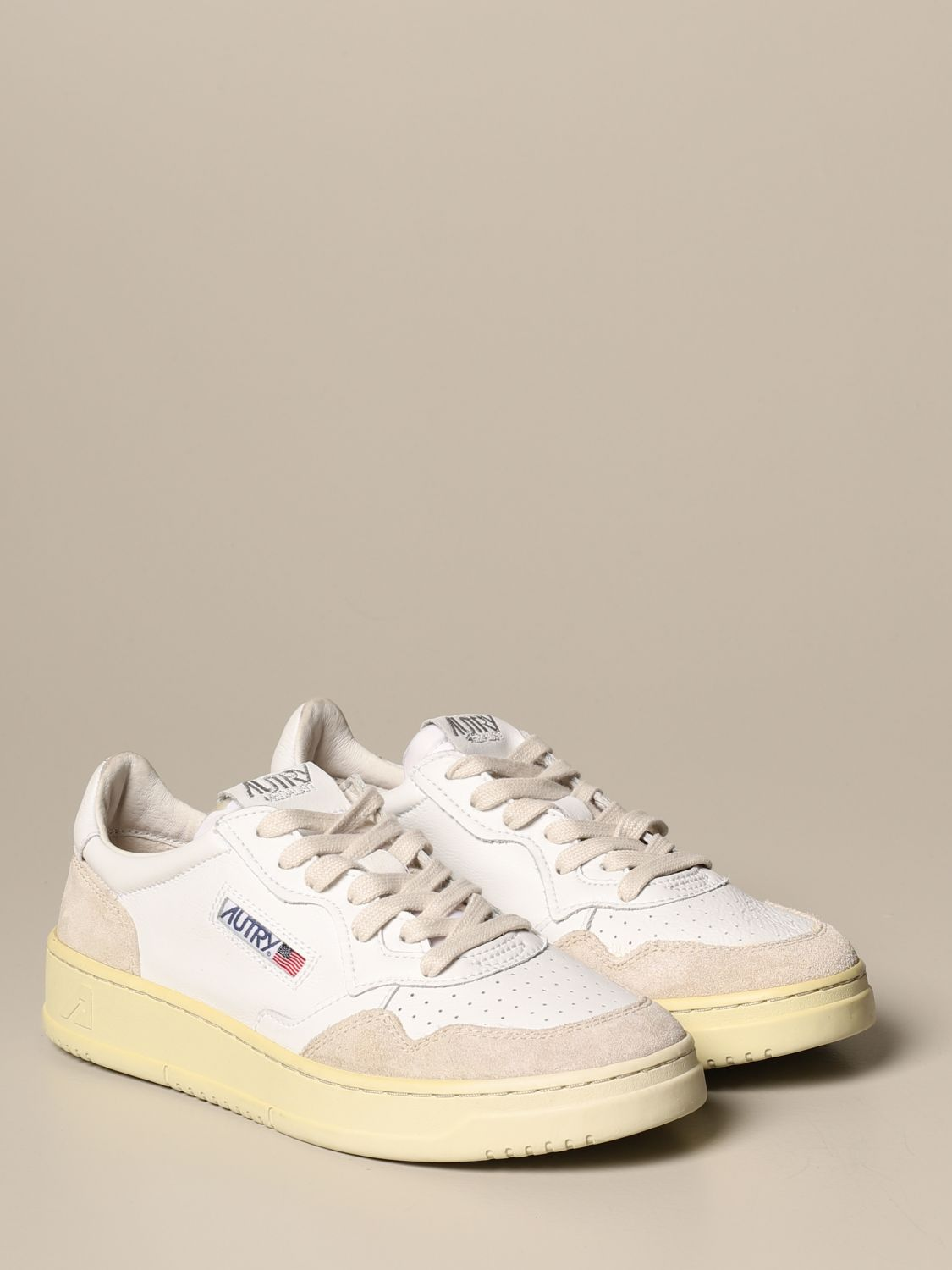 Trainers Autry: Shoes men Autry white 2