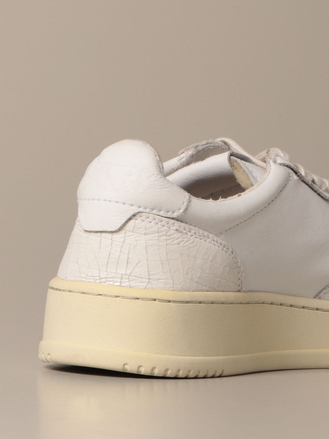Sneakers Autry: Autry sneakers in smooth leather and crackle leather white 3