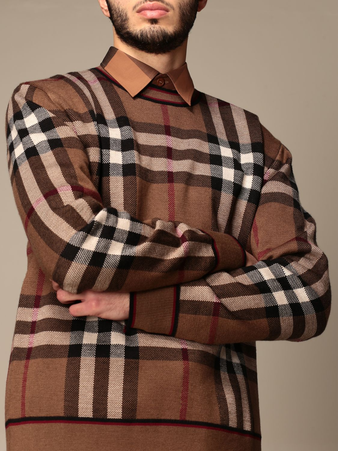Jumper Burberry: Burberry pullover in Merino wool with tartan motif and jacquard pattern beige 5