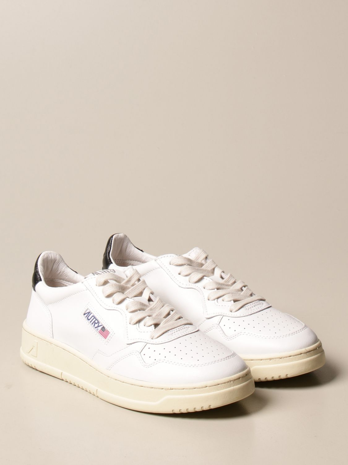 Baskets Autry: Chaussures homme Autry blanc 2