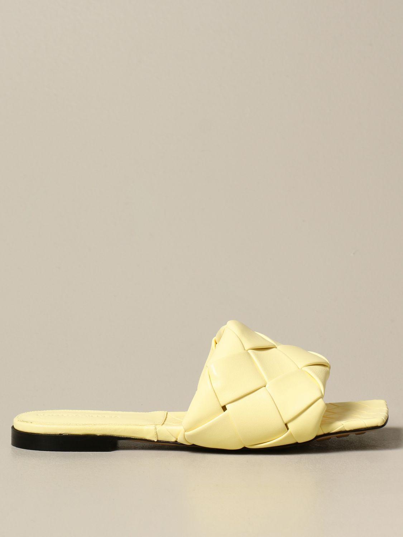 Босоножки без каблука Bottega Veneta: Обувь Женское Bottega Veneta желтый 1
