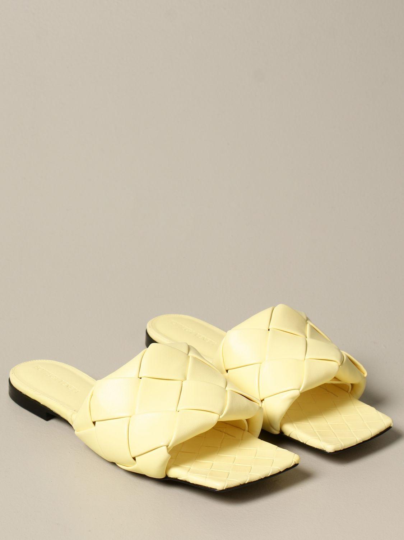 Босоножки без каблука Bottega Veneta: Обувь Женское Bottega Veneta желтый 2