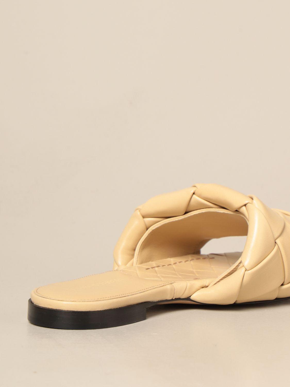 平跟凉鞋 Bottega Veneta: Bottega Veneta BV Lido 编织纳帕皮平底凉鞋 鸽子灰色 3