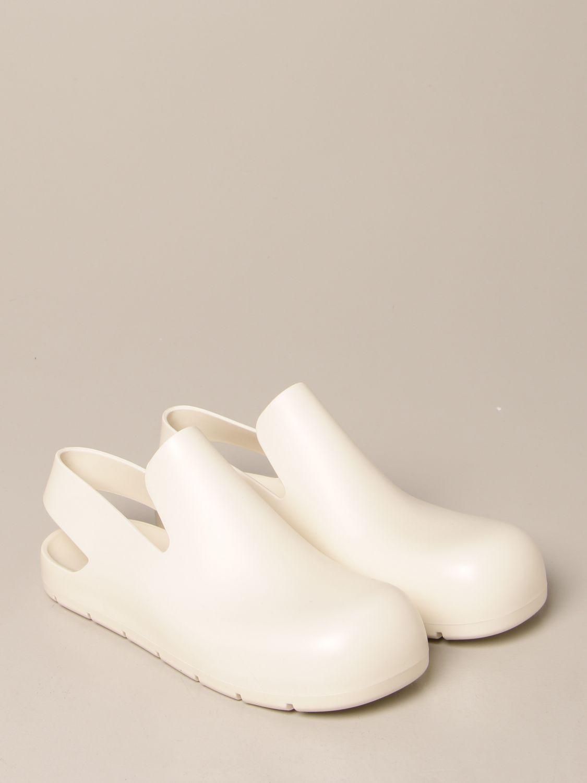 Босоножки без каблука Bottega Veneta: Обувь Женское Bottega Veneta белый 2