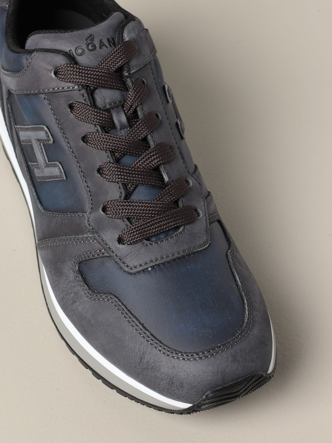 H321 Hogan sneakers in leather and nubuck