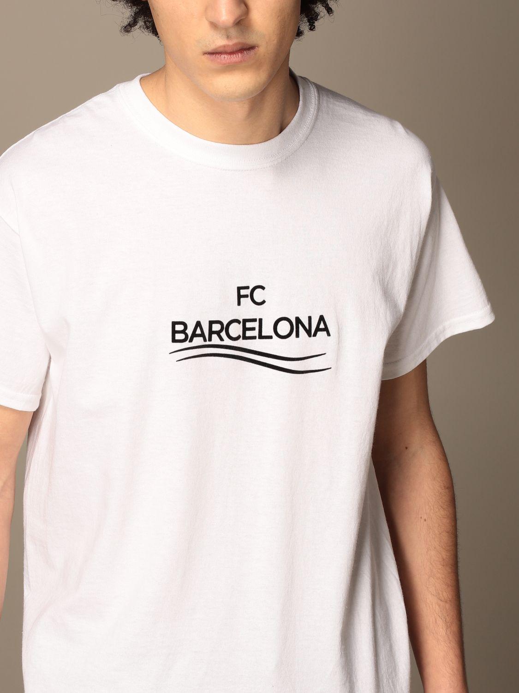 T-shirt Backsideclub: T-shirt Barcelona Backsideclub in cotone bianco 3