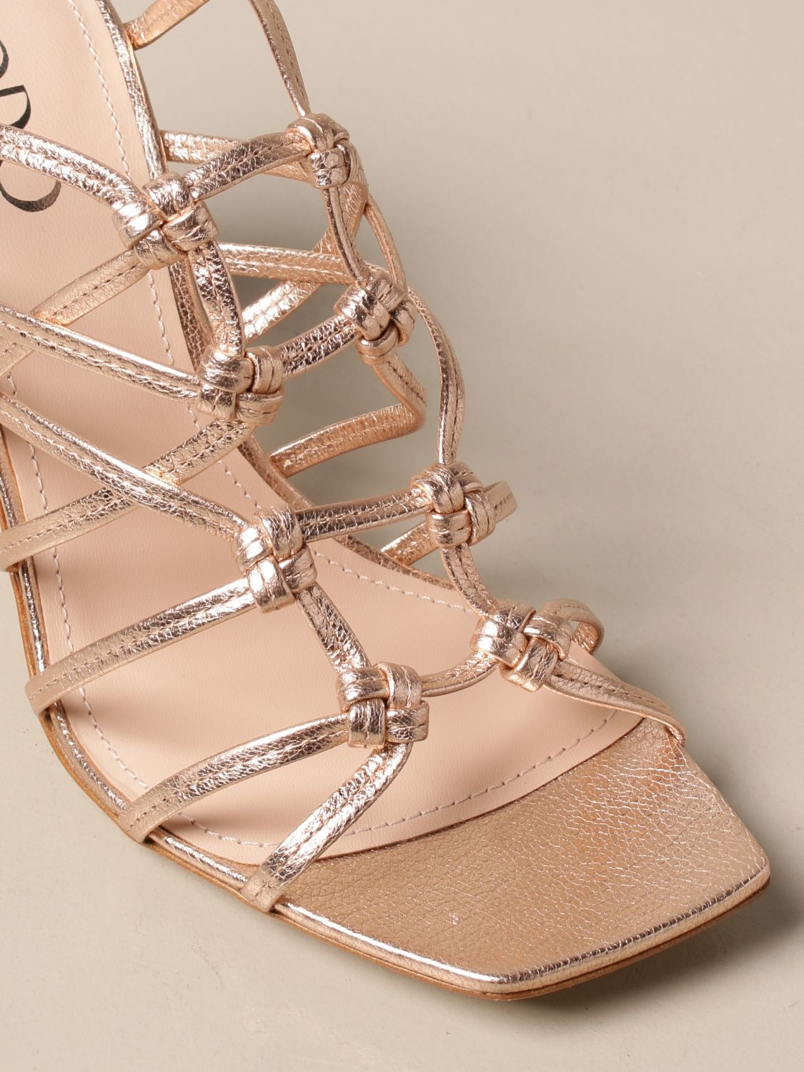 Heeled sandals Rodo: Rodo sandal in laminated leather gold 4