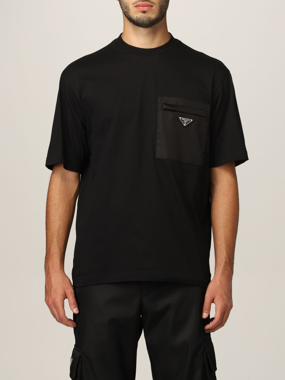 T-shirt Prada: T-shirt Prada in cotone e tasca in nylon con logo nero 1