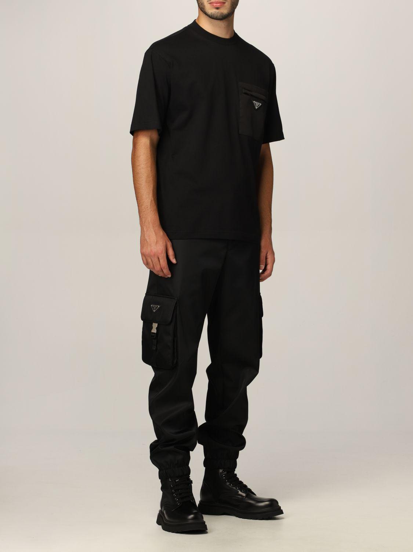 T-shirt Prada: T-shirt Prada in cotone e tasca in nylon con logo nero 2