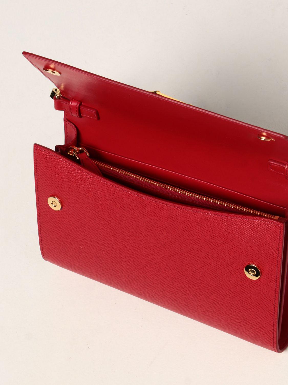 Borse a tracolla Prada: Borsa a tracolla Prada in pelle saffiano con logo rosso 5