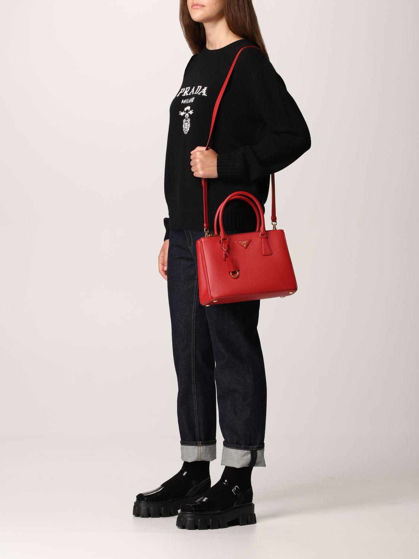 Borsa a mano Prada: Borsa Galleria Prada medium in pelle saffiano rosso 2