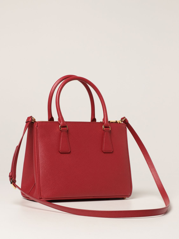 Borsa a mano Prada: Borsa Galleria Prada medium in pelle saffiano rosso 3