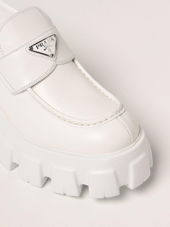Mocassini Prada: Mocassino Monolith Prada in pelle spazzolata bianco 4