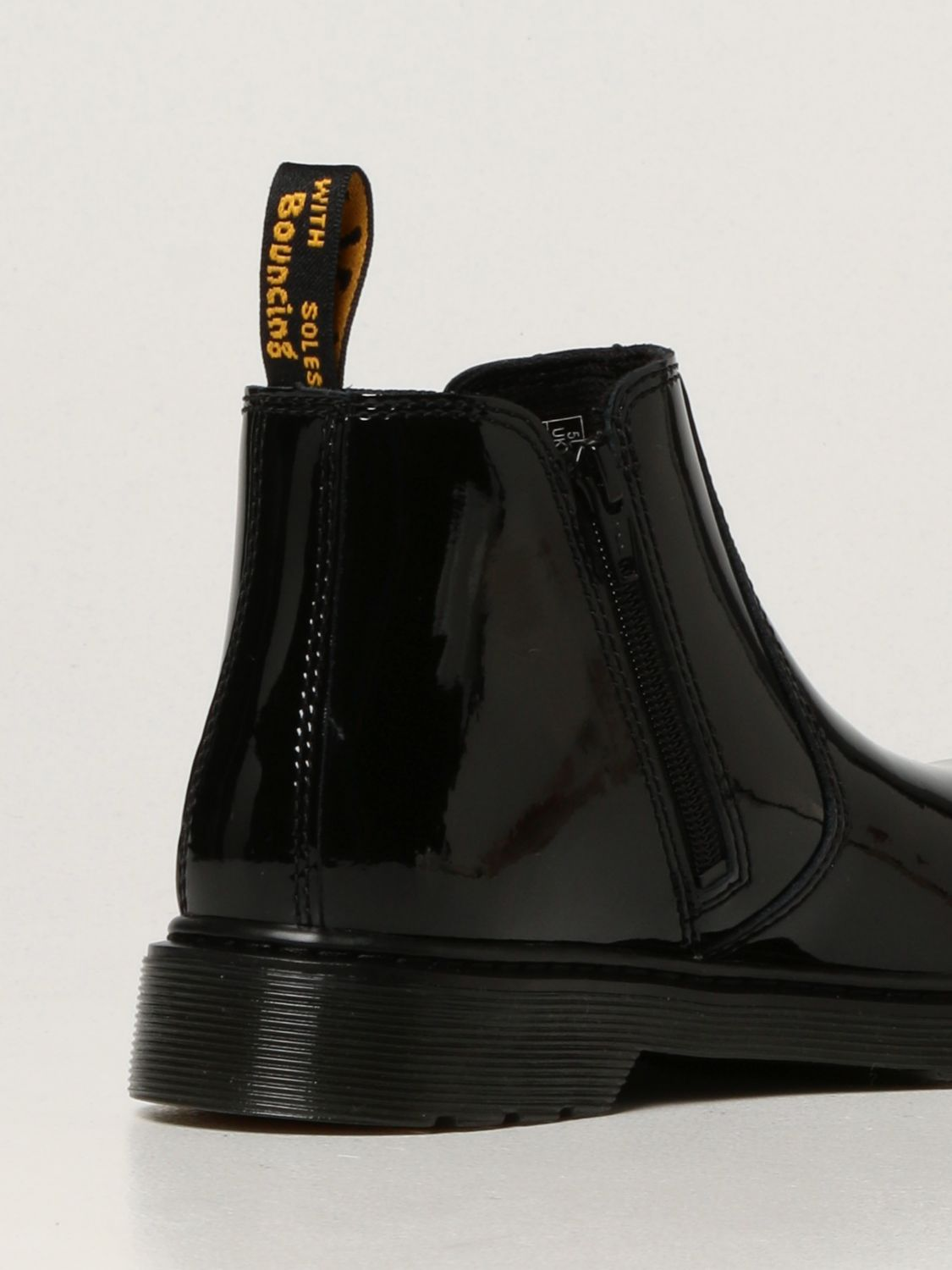 Shoes Dr. Martens: 2976 Y Dr. Martens Chelsea boots in patent leather black 3
