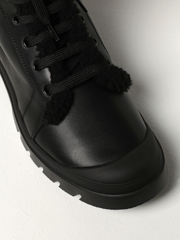 Stivali Roger Vivier: Stivaletto Walkyviv Roger Vivier in pelle con fibbia di cristalli nero 4