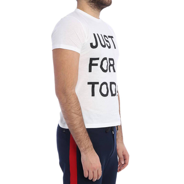 T-shirt a maniche corte con maxi scritta