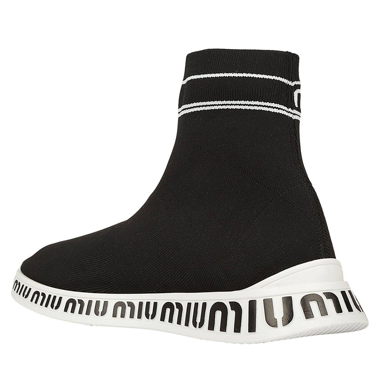 Sneakers High Top a calza in tessuto tecnico stretch con suola in gomma logata