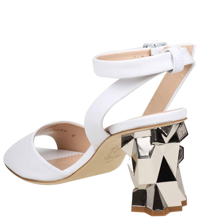 Босоножки на каблуке Женское Giuseppe Zanotti Design белый 4
