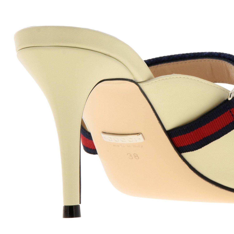 Sandali con tacco Gucci: Sandalo a punta in pelle con gancio metallico e fascia Web Gucci crema 4