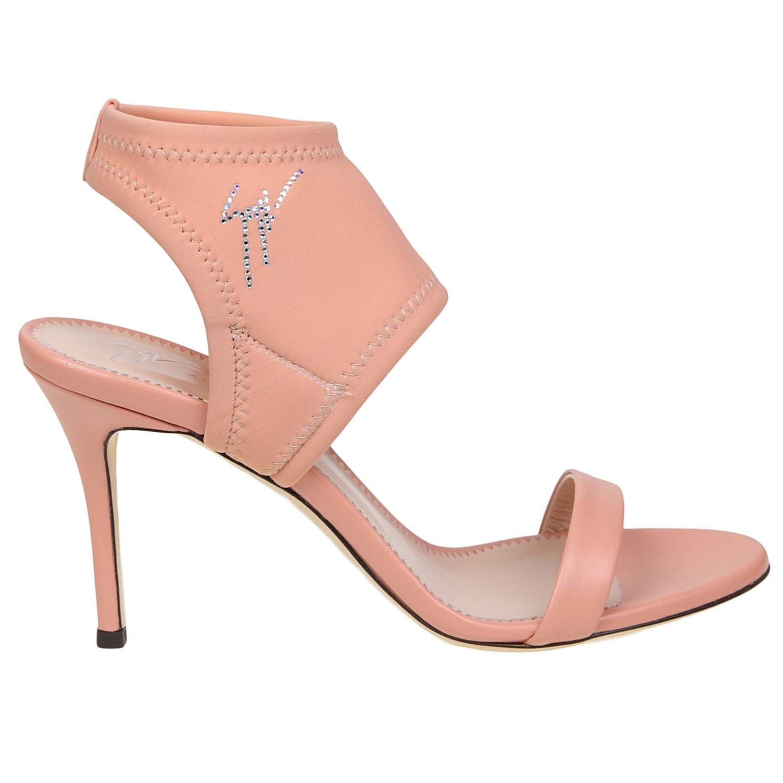 Босоножки на каблуке Женское Giuseppe Zanotti Design розовый 1