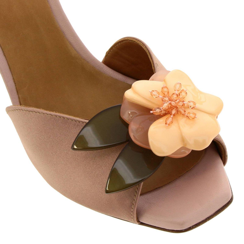 Sandalo Jasury Chie Mihara in raso con maxi fiore applicato rosa 3