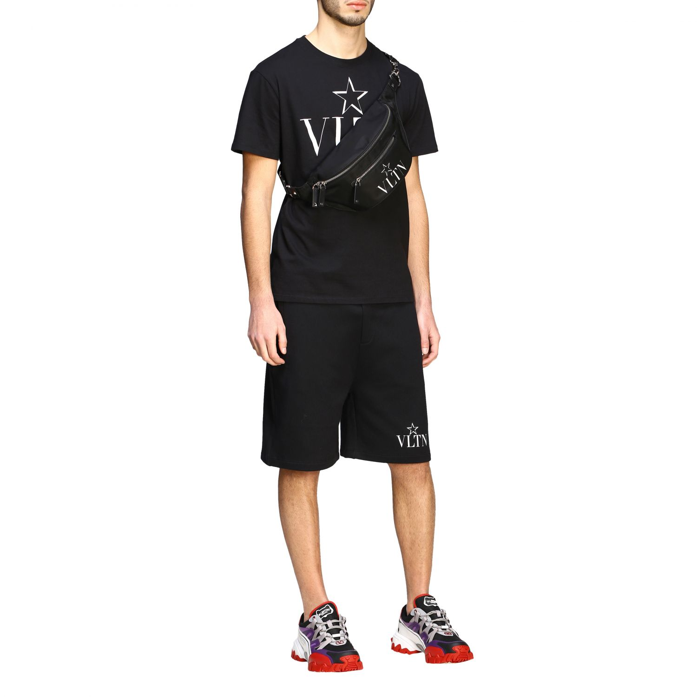 Bermuda Valentino stile jogging con monogramma VLTN nero 2
