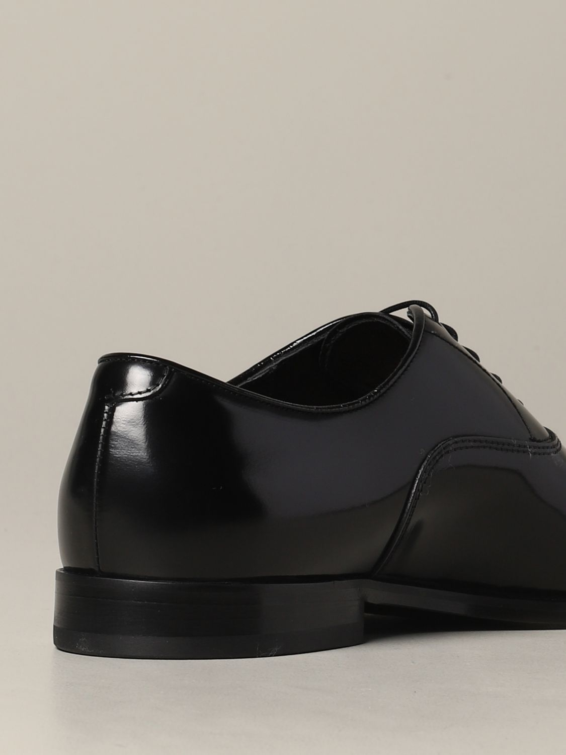 Brogue shoes Doucal's: Doucal's lace-up derby in leather black 5
