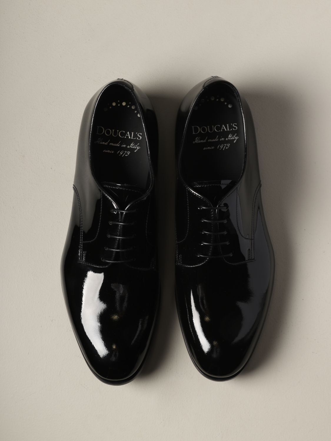 Brogue shoes Doucal's: Doucal's lace-up derby in shiny leather black 3