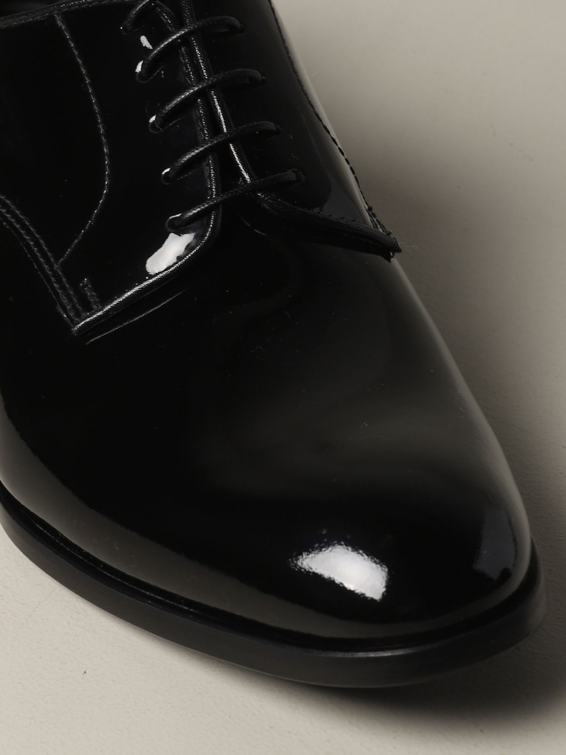 Brogue shoes Doucal's: Doucal's lace-up derby in shiny leather black 4