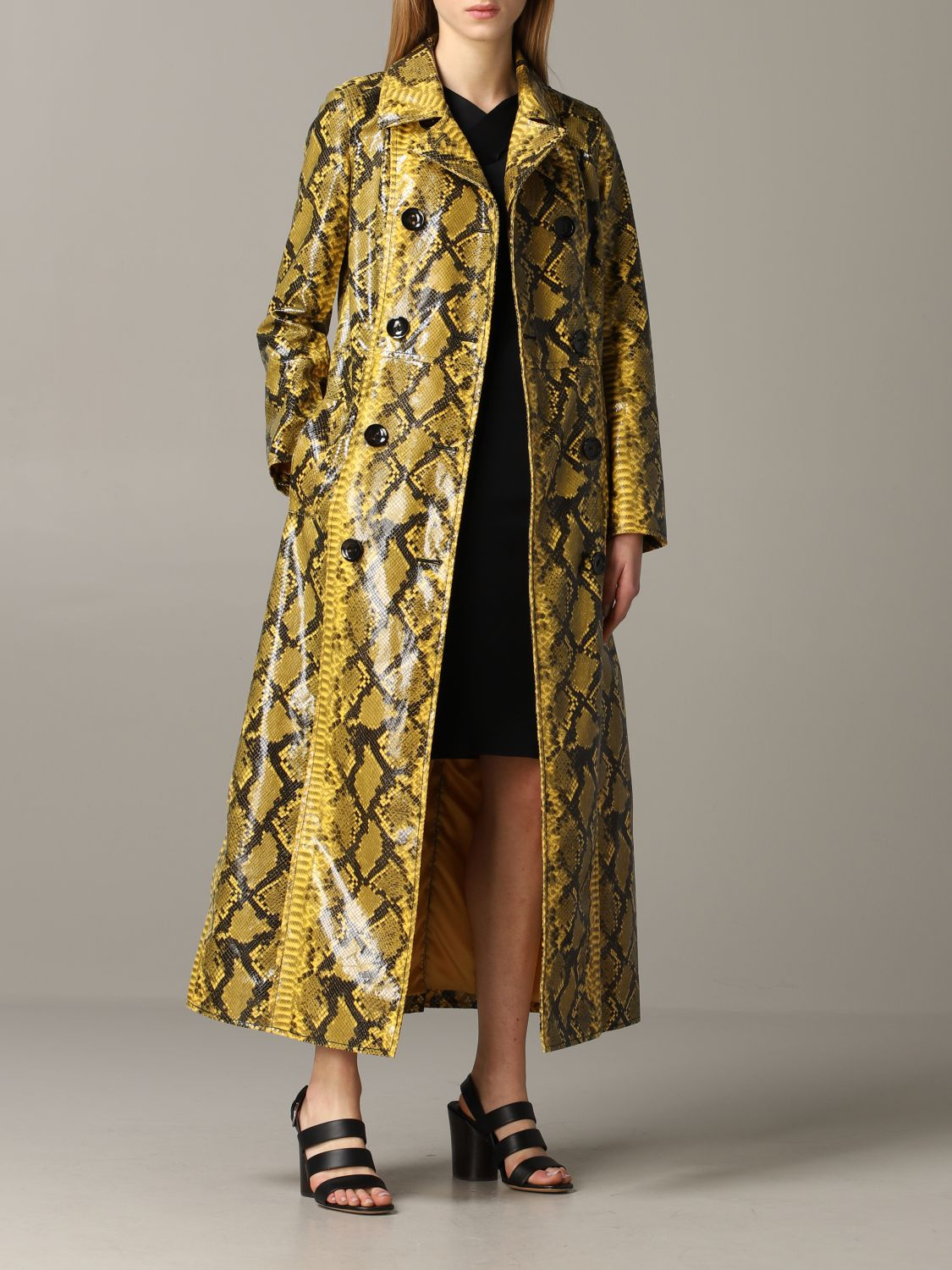Stand double-breasted coat with python print yellow 2