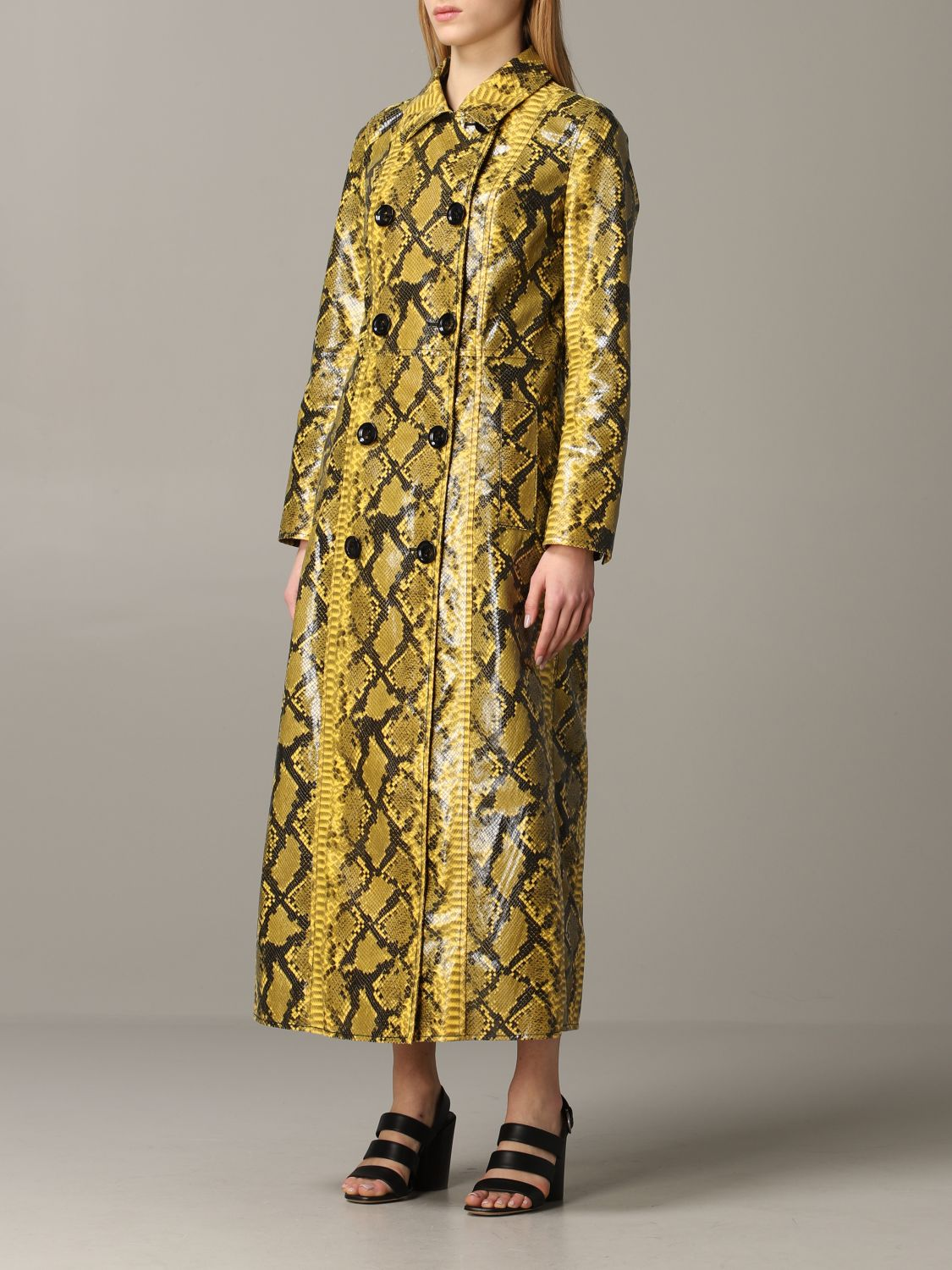 Stand double-breasted coat with python print yellow 4