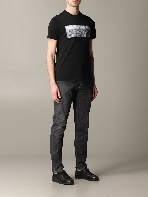 T-Shirt Emporio Armani: Emporio Armani T-Shirt mit Aufdruck und Logo schwarz 2