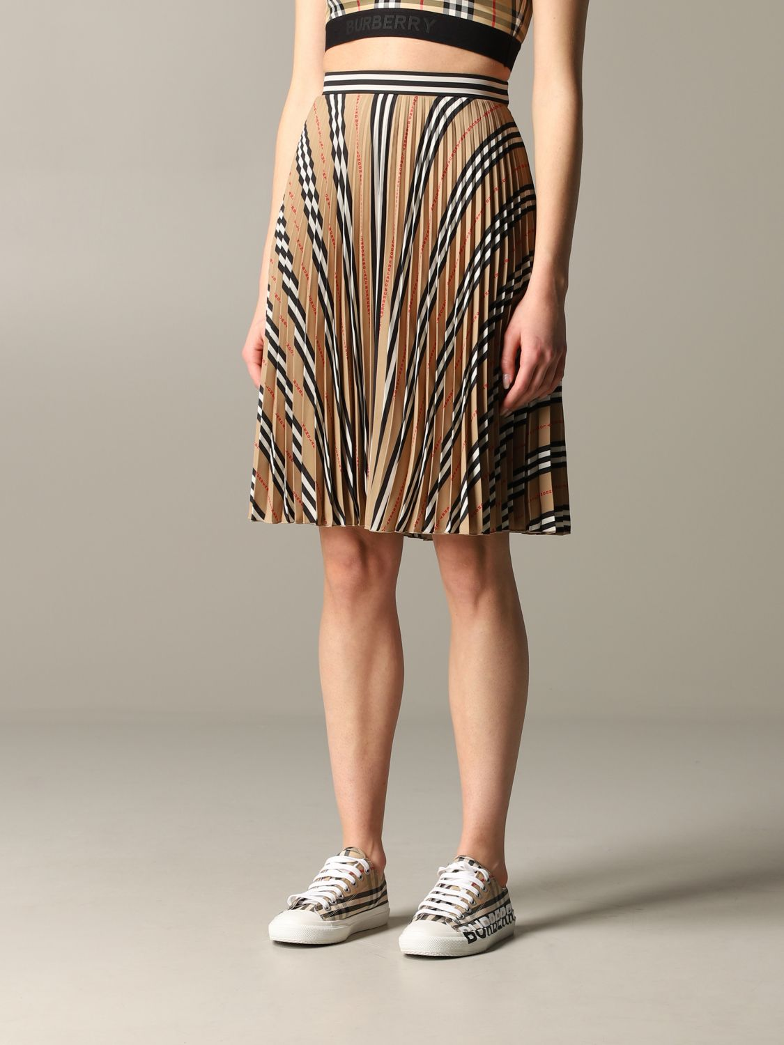 Burberry check pleated skirt beige 4