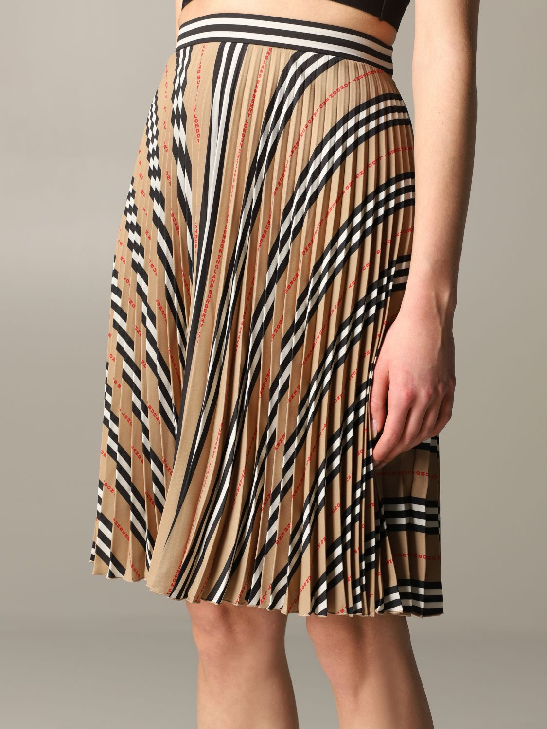 Burberry check pleated skirt beige 5