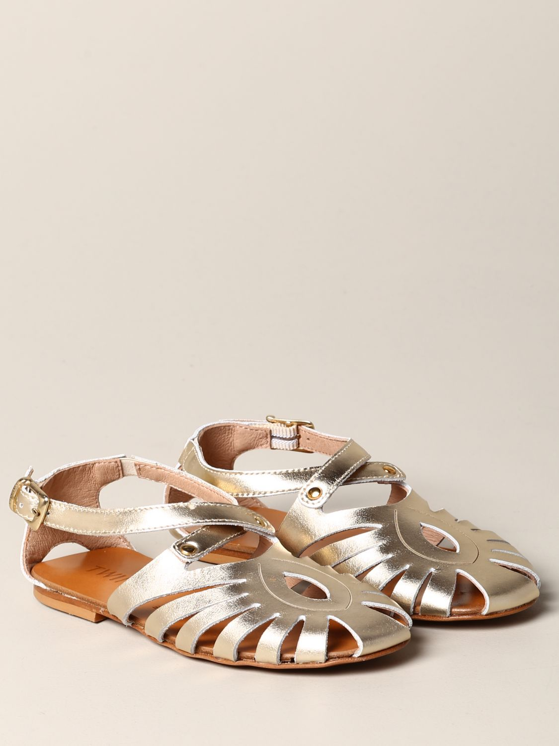 Twin-set flat sandal in laminated leather gold 2