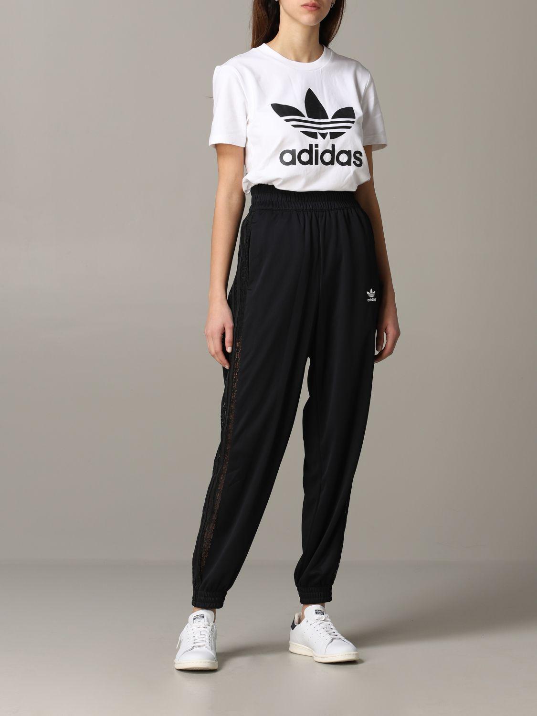 Pantalon jogging Adidas Originals avec bandes en dentelle