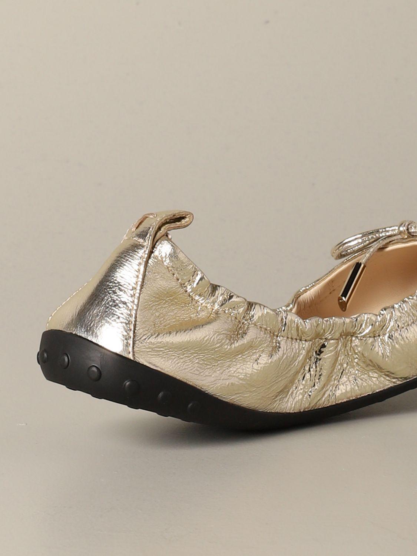 Ballerinas Tods: Tods Ballerina aus laminiertem Leder mit Schleife gold 4