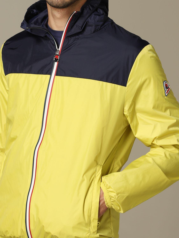 Giacca sportiva Invicta con cappuccio e zip giallo 3