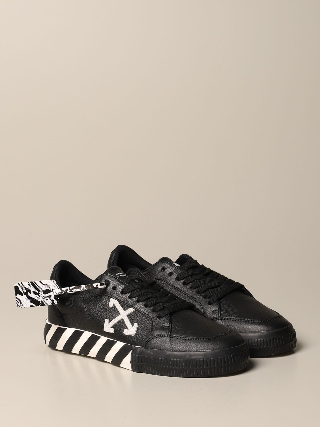 Sneakers Off White: Off White leather sneakers with maxi arrow black 2