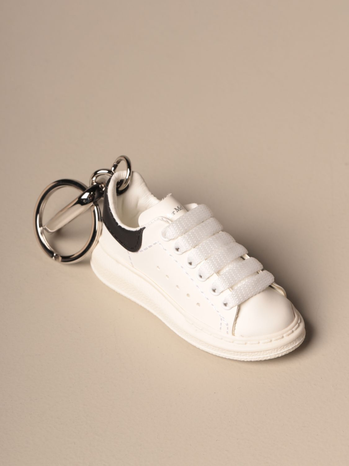 Keyring Mcq Mcqueen: Mcq McQueen keychain in the shape of a sneakers black 1