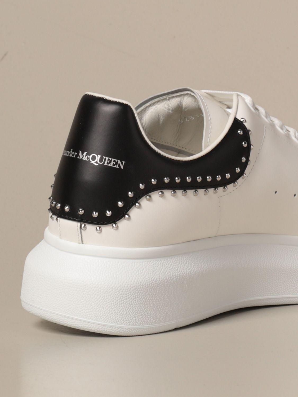 Sneakers Alexander Mcqueen: Sneakers Alexander McQueen in pelle con borchie bianco 3