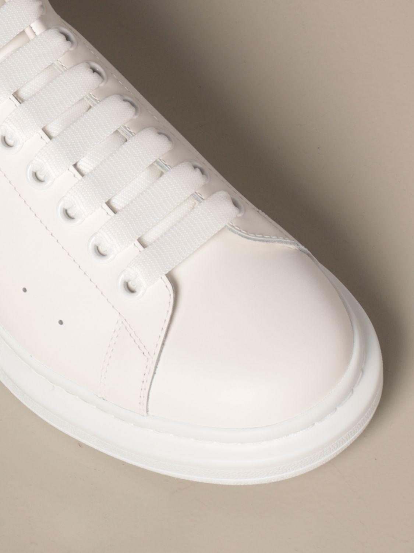 Sneakers Alexander Mcqueen: Sneakers Alexander McQueen in pelle con borchie bianco 4