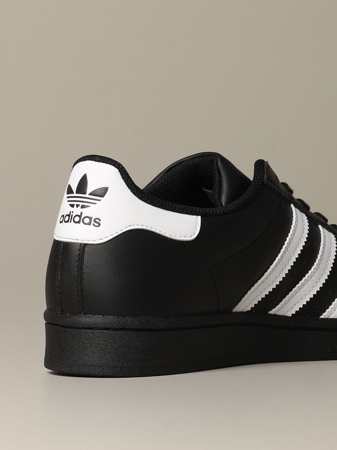 Trainers Adidas Originals: Shoes men Adidas Originals black 3