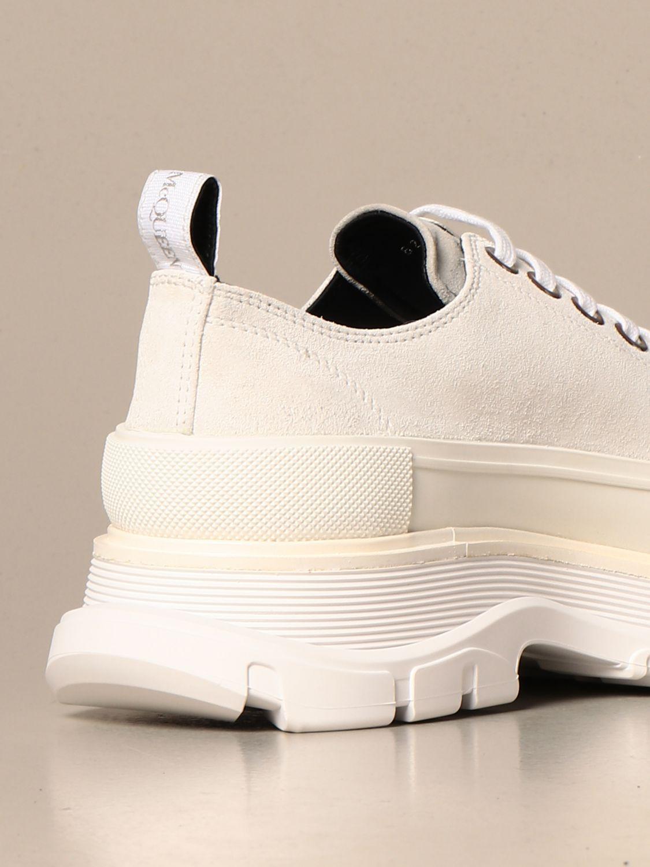 Sneakers Alexander Mcqueen: Alexander McQueen sneakers in suede with logo white 3