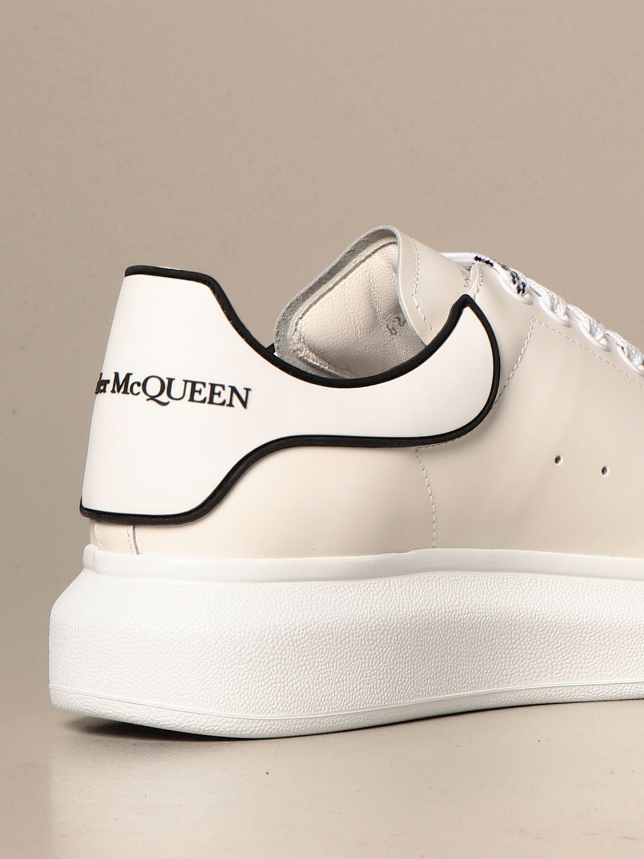 Sneakers Alexander Mcqueen: Alexander McQueen sneakers in leather with logo white 2 3