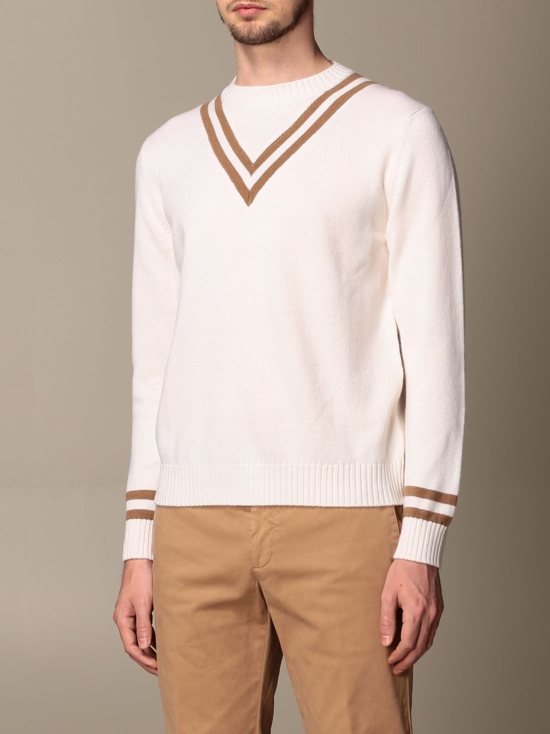 Sweater Eleventy: Eleventy v-shaped wool pullover beige 4