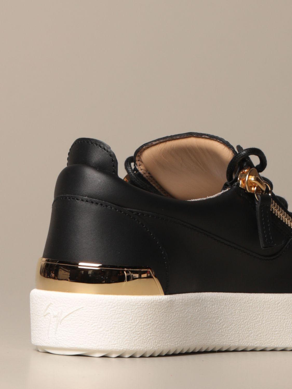 Jewel Mcq Mcqueen: Mcq McQueen bracelet in leather with micro studs black 3
