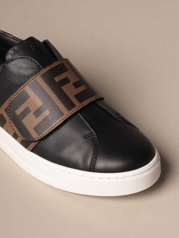 Scarpe Fendi: Sneakers Fendi slip on in pelle con banda FF nero 4
